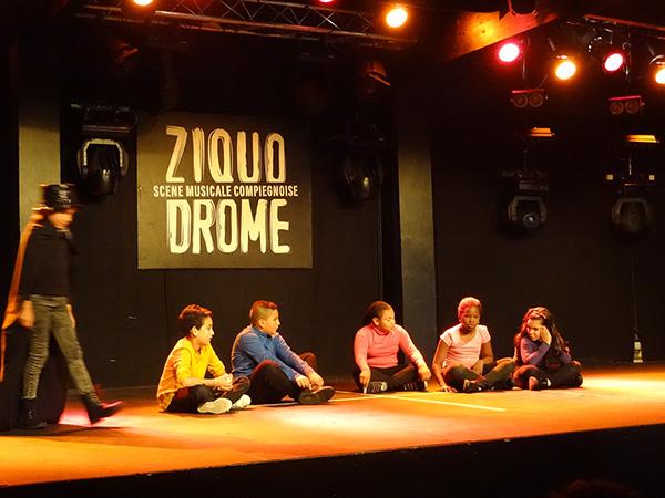 Atelier théâtre en herbe au Ziquodrome